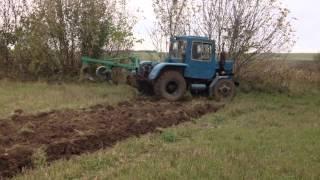Саморобний трактор на Волині