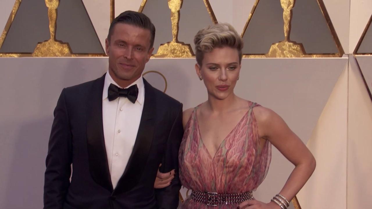 Scarlett Johansson Oscars 2017 Red Carpet Arrival Youtube
