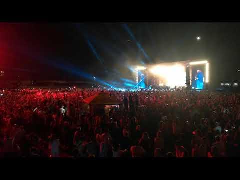 Prljavo kazaliste - Marina (Oci boje Dinama) - Koncert 40 g ZAGREB stadion Kranjceviceva 31.5.2018.