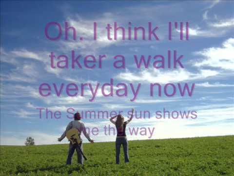 It's A Sunshine Day - Lyrics