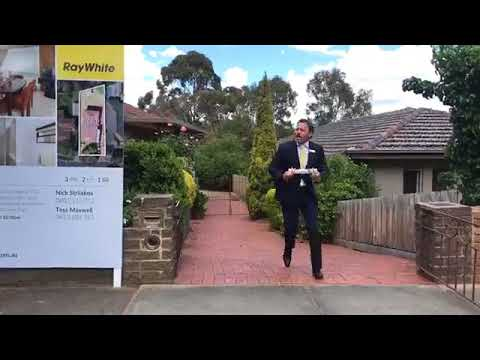 18/11/17 | Melbourne Real Estate Auctions | 6 Kneale Drive Box Hill North 3129