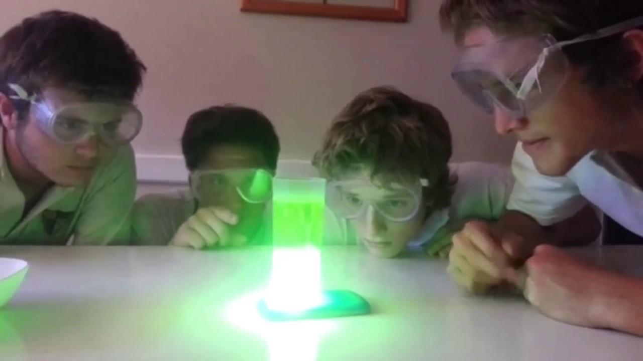 Super experimento de quimica simple y rapido - YouTube