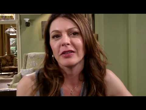 Jane Leeves on HOT IN CLEVELAND