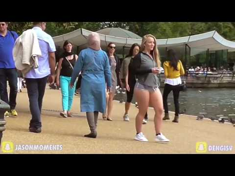 Woman flaunts bottom in TINY shorts for experiment- Would YOU look-