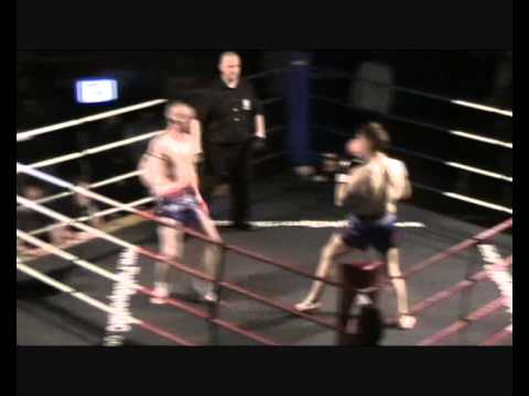 Allan Strachan vs Mick Kelly.wmv