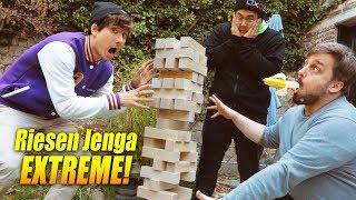 Riesen JENGA zocken (+ kack extra Aufgaben lol)