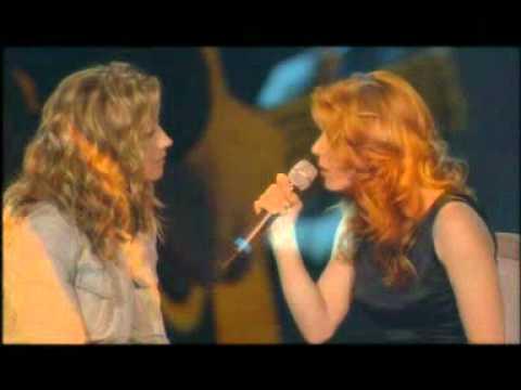 Lara Fabian et Isabelle Boulay - Il y a (Il Etait Une Voix 06/10/01) HQ