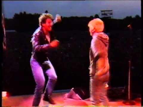Bruce Springsteen - Live in Paris 1985 (Part 2 of 3)