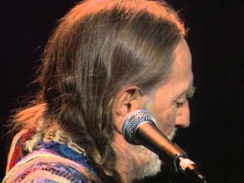 Willie Nelson - Somebody Pick Up the Pieces (Live at Farm Aid 1998)