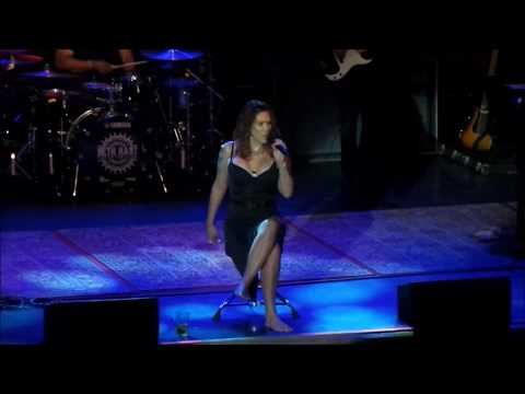 Beth Hart - A Sunday Kind Of Love (Live in Toronto)