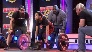 Miles an athlete with cerebral palsy, deadlifts 185 pounds while Arnold Schwarzenegger cheers him on