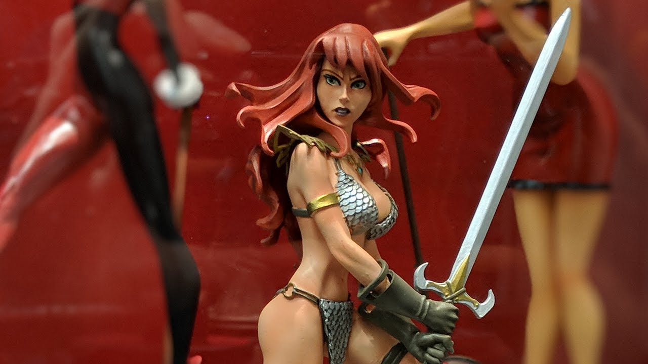 Dynamite Red Sonja by Amanda Conner Resin Statue