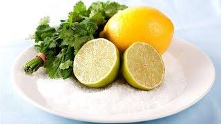 Положите Лимон с Солью на Тарелку и Посмотрите, Что Будет!