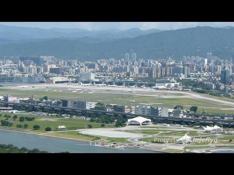 台北松山機場 Over looking Taipei Songshan Airport