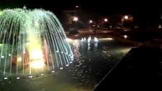 Самый красивый фонтан в Баку(Побольше о фонтанах можно прочитать на http://fepe.ru/ekskursionnye-stati/18-fontan-kak-neotemlemaya-chast-zhizni.html., 2015-07-12T17:49:19.000Z)