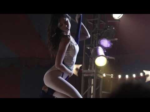 Summer Glau on Aerial Ropes (The Cape)