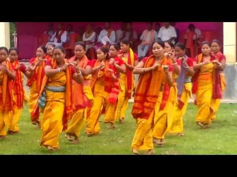 Bwisagu Dance Performance (Salakati Anchalik Bwisagu Khungpung Afad)