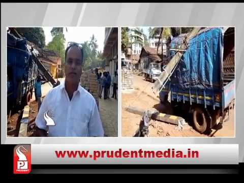 TEMPO RAMS INTO ELECTRICITY POLE_Prudent Media