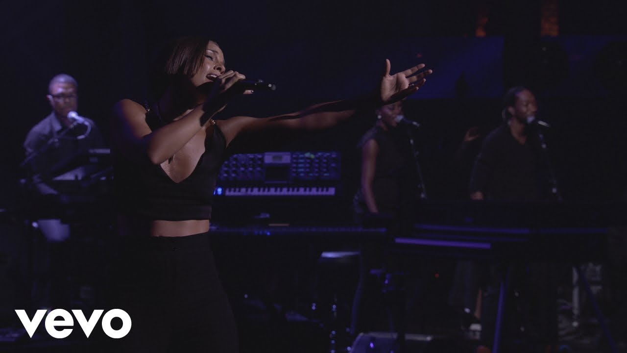 Download Alicia Keys - No One (Live from iTunes Festival, London, 2012)