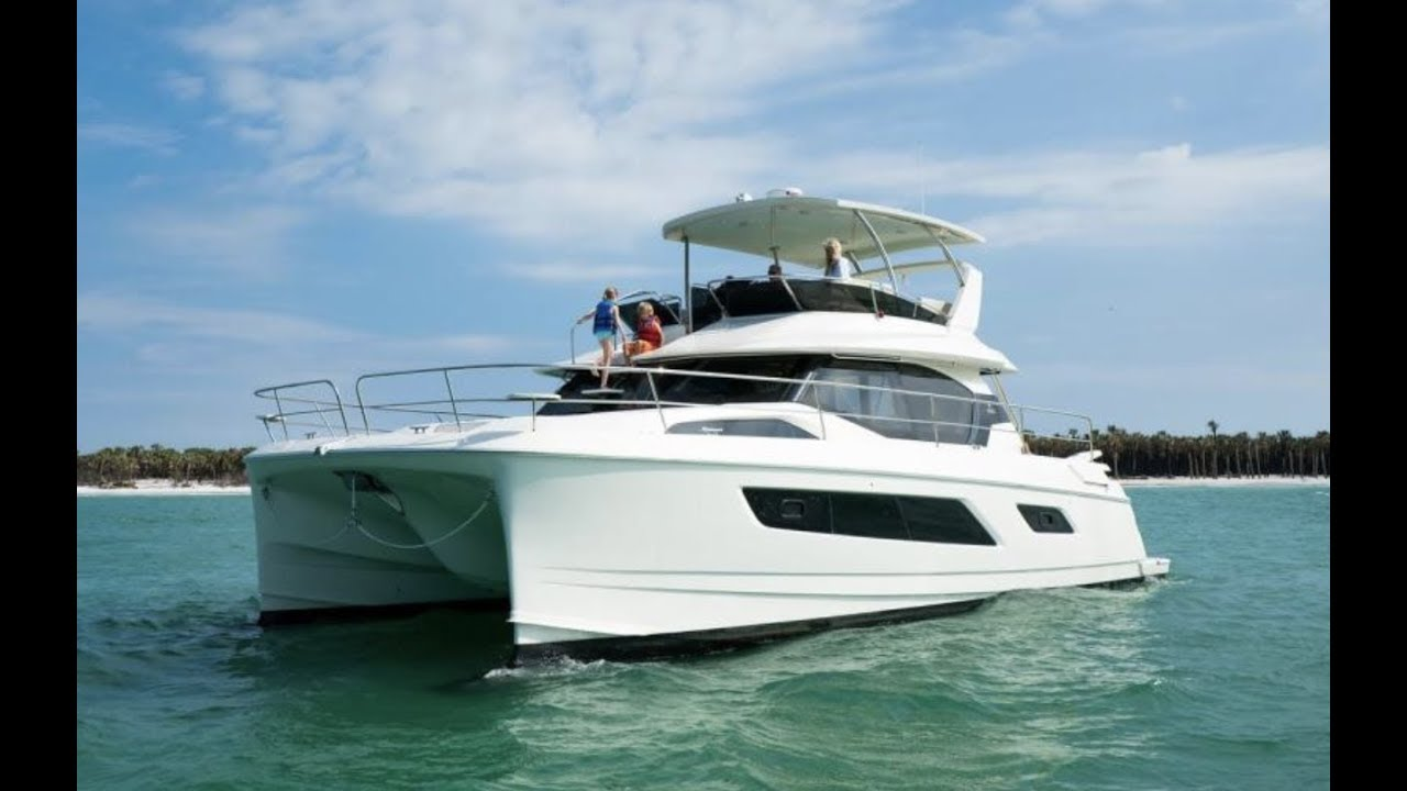 Tour The Aquila 44 Power Catamaran