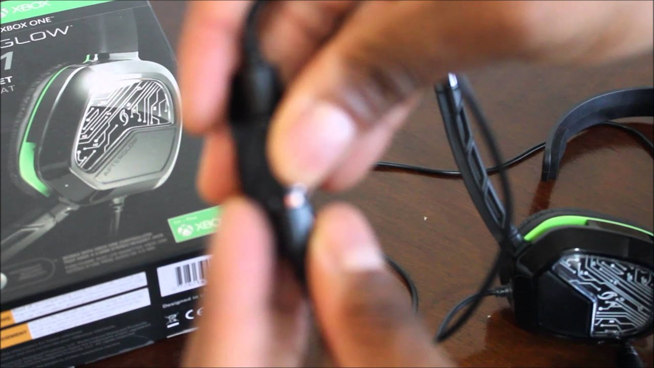 Xbox one afterglow headset wiring diagram residential electrical xbox one afterglow lvl1 wired headset short review youtube rh youtube com headset wiring diagram 3 wire headset wiring diagram 3 wire ccuart Gallery