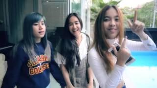[Eng sub] 29042016 Kamikaze Knock Knock ep. 01 - Angie's home