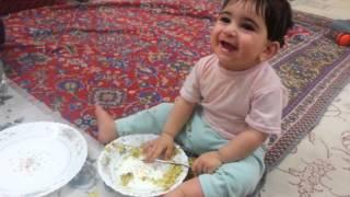 غذا خوردن نیکا رمضانی