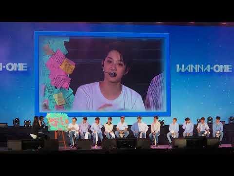 171007 - Wanna One 1st Fan Meeting in Taipei / 應援翻牌,便利貼許願,旼炫七里香、在奐亂舞、大輝自創曲等等