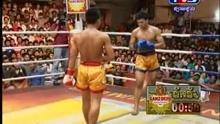 Khmer TV3 International boxing: Naronggwut (Thailand) vs Reoung Sophaon (67kg) 11-03-2013