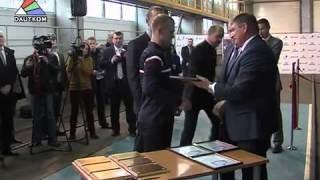 Покрытия ВМП выбраны для производства новых грузовых вагонов Рижского вагоностроительного завода(В городе Даугавпилс, Латвия, были презентованы новые грузовые вагоны, при изготовлении которых использовал..., 2014-11-28T06:44:57.000Z)