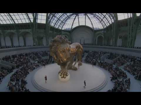 Chanel Haute Couture Fall Winter 2010/2011 Full Fashion Show Part 1