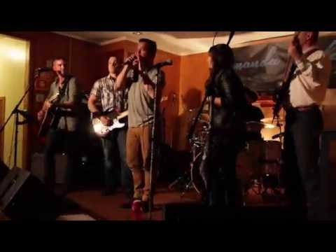 Hold My Beer - Amanda Riley & Aaron Pritchett Duet (Live Performance)