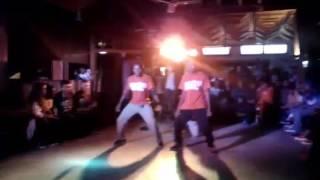 Ultimate crew (Lest's Dance 4 celection fianar)