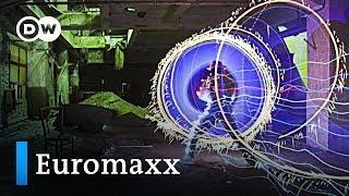 Der Lichtkünstler JanLeonardo Wöllert | DW Euromaxx