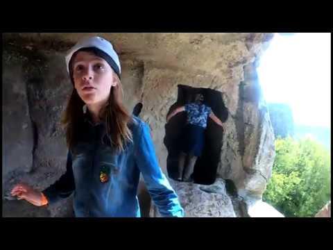 Еноты едут в Крым / Пещерный город Эски-Кермен - пляски над пропастью