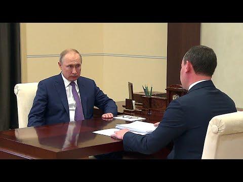 """О планах и проблемах """"Россетей"""" глава компании рассказал на встрече с президентом."""