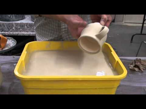 159. Glazing a Mug Using Mutiple Glazes with Hsin-Chuen Lin