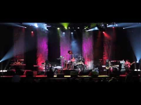 Klymaxx - Meeting In The Ladies Room (Concert Music Video)