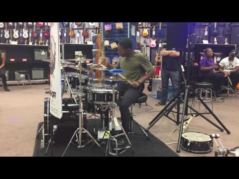 Guitar Center Drum Off 2016 *Store Finals* [Andrew McBride]