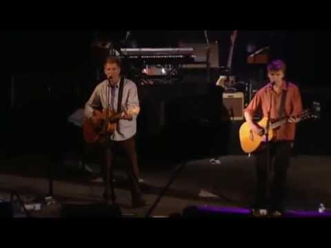Клип Neil Finn - Angels Heap