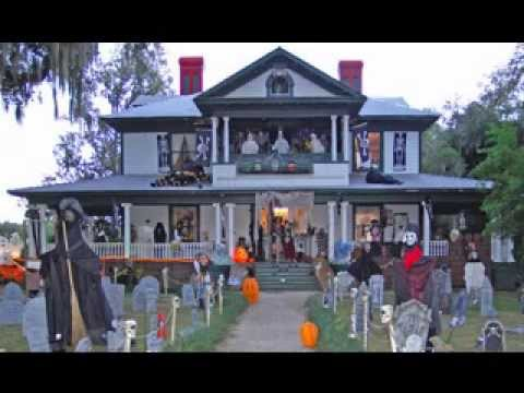 Diy halloween yard decorating ideas youtube for Outer decoration of house