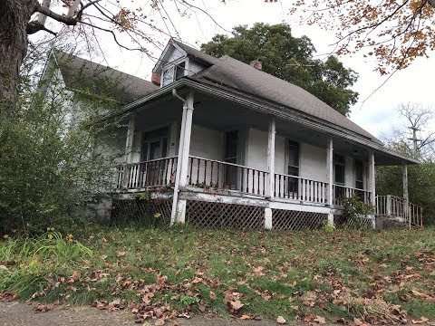 Abandoned House in Dickson Tennessee