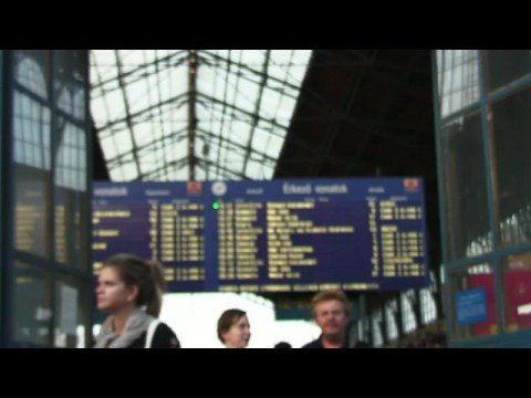 Traveling By Train in Europe : How to Book Train Travel From Paris to Bordeaux