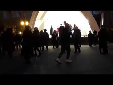 Абсент.Народные танцы,парк Горького,Харьков.