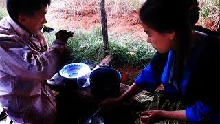 Hmong Video Tus Ntsuag Thiab Ntxhais Ntsuag Lub Neej Txom Nyem Heev