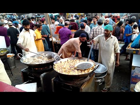Biggest Iftar in Pakistan   Ramadan Iftar Time   Ramadan Food Street of Karachi Pakistan