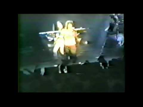 Living Loving Maid (She's Just A Woman) - Muskogee 1990
