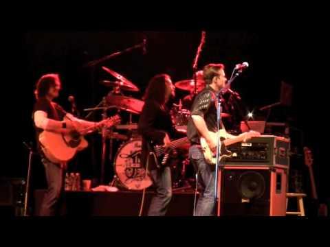 "Joe Nichols ""Live"" Marion PopCron Festival 2010.m4v"