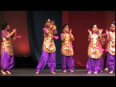 Anjali's Performance 2014-Dhadak Dhadak(Bunty Aur Babli)