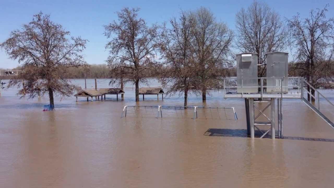 Hannibal flooding 4/20/13